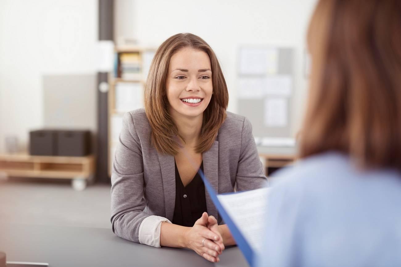 Pierwsza rozmowa kwalifikacyjna – co zrobić, by dobrze wypaść?